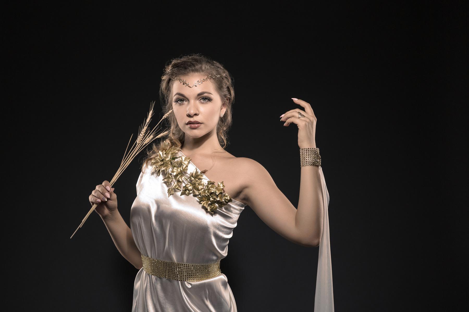 Aphrodite, fotografiert im Studio in Wien von Reza Sarkari